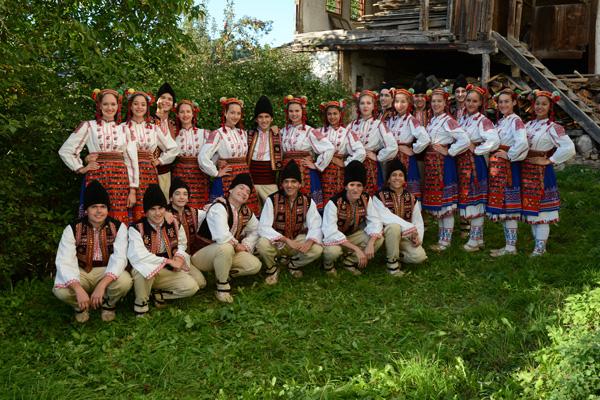 """Пламъчетата гостуваха на детския сбор """"Минало в бъдещето"""" в с. Ковачевица"""