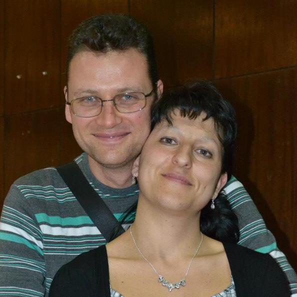 Виржиния и Васил Ташеви